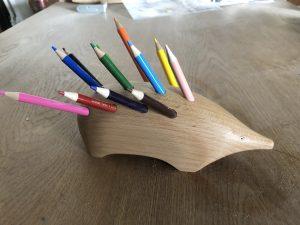 ハリネズミの鉛筆立て
