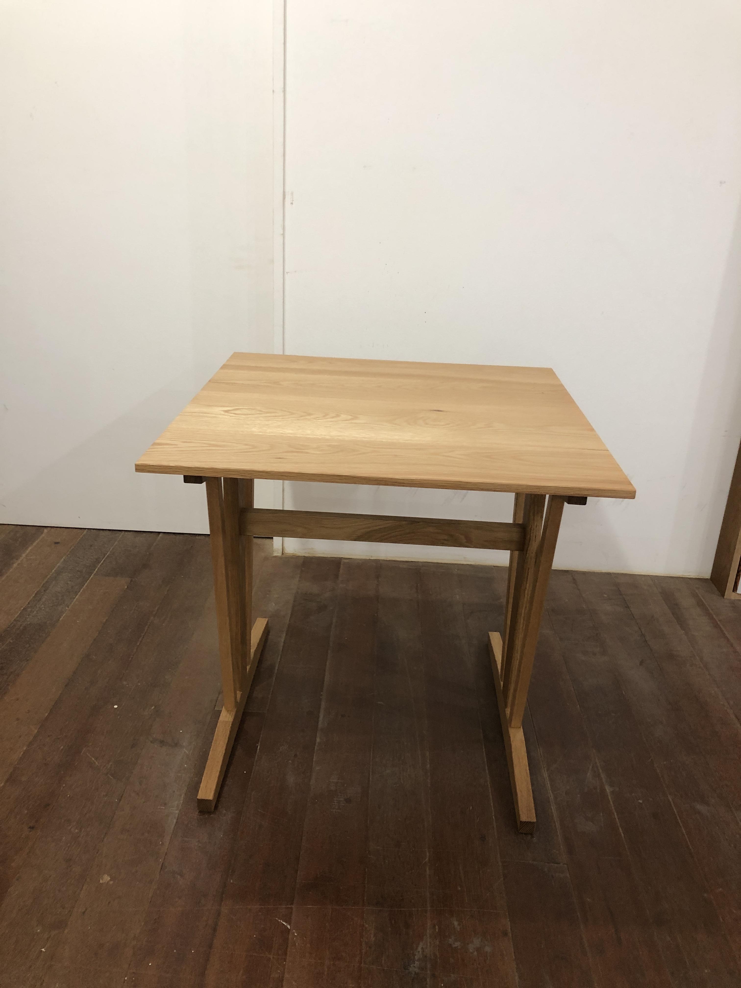 Wテーブル